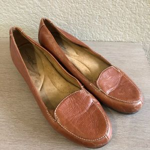 Naturalizer Light Brown Loafers 8.5